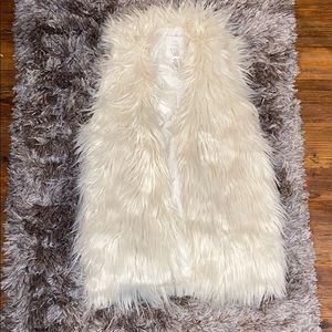 Full Tilt Faux Fur Vest